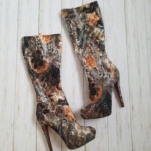 Bucco Capensis Velvet Paisley Boot